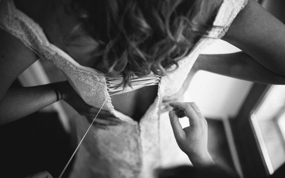 Un abito da sposa su misura, l'essenza della perfezione