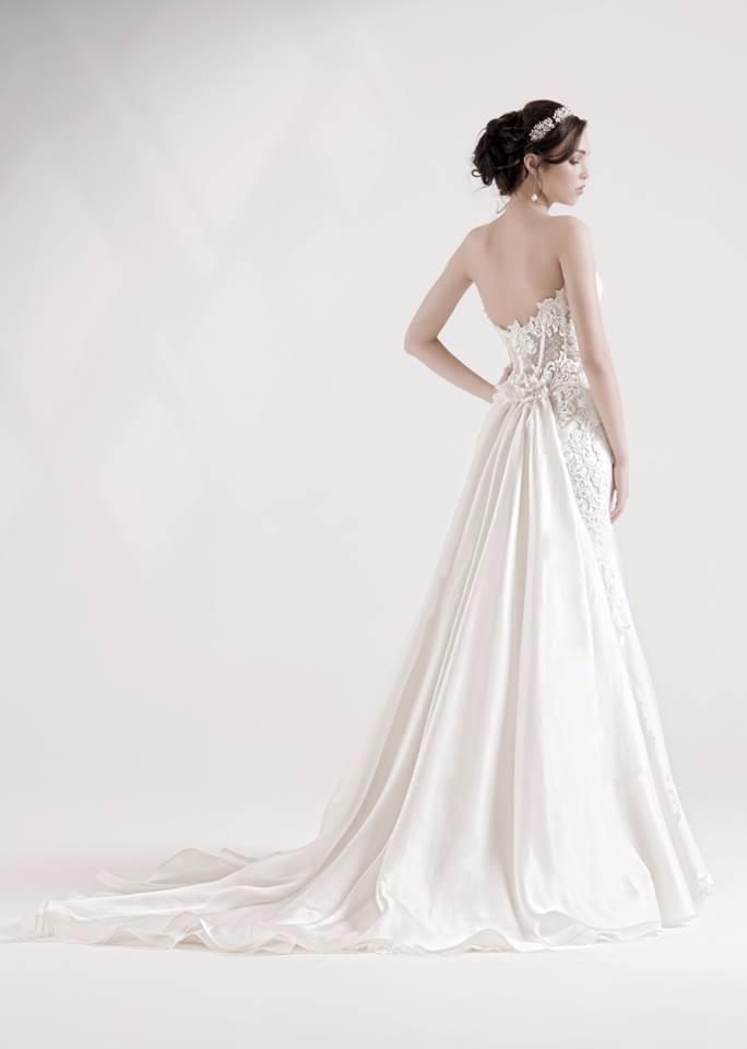 abito da sposa schiena scoperta